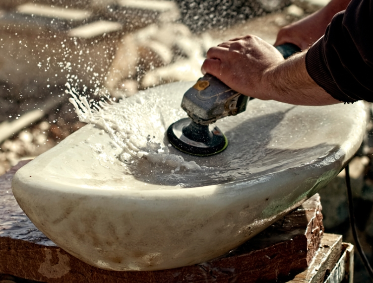 Polishing Yule marble sink - photo Shane Rich