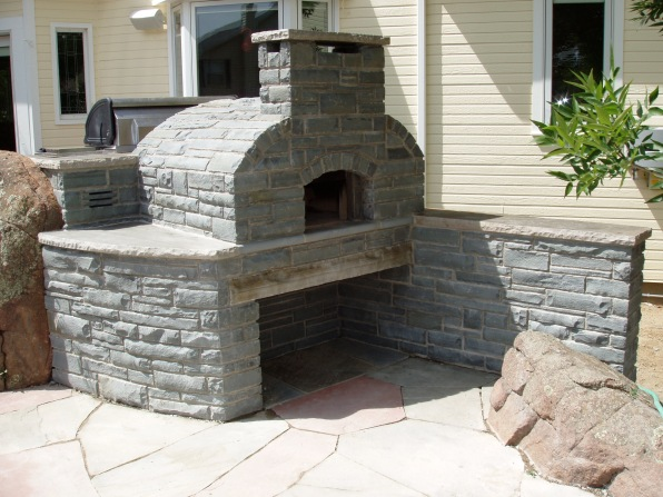 Pizza oven and grill, Pennsylvania bluestone