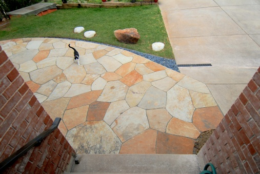 Dry laid patio, Colorado buff, Gus, design Kimmerjae Johnson - photo Russ Croop