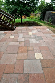 Ashlar dry laid patio, Lyon red sandstone - photo Russ Croop